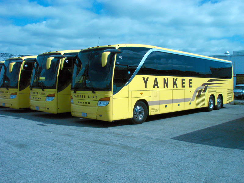 Yankee Bus Lines Boston