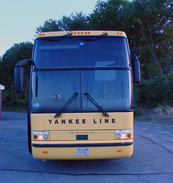 Yankee Bus Lines graphics